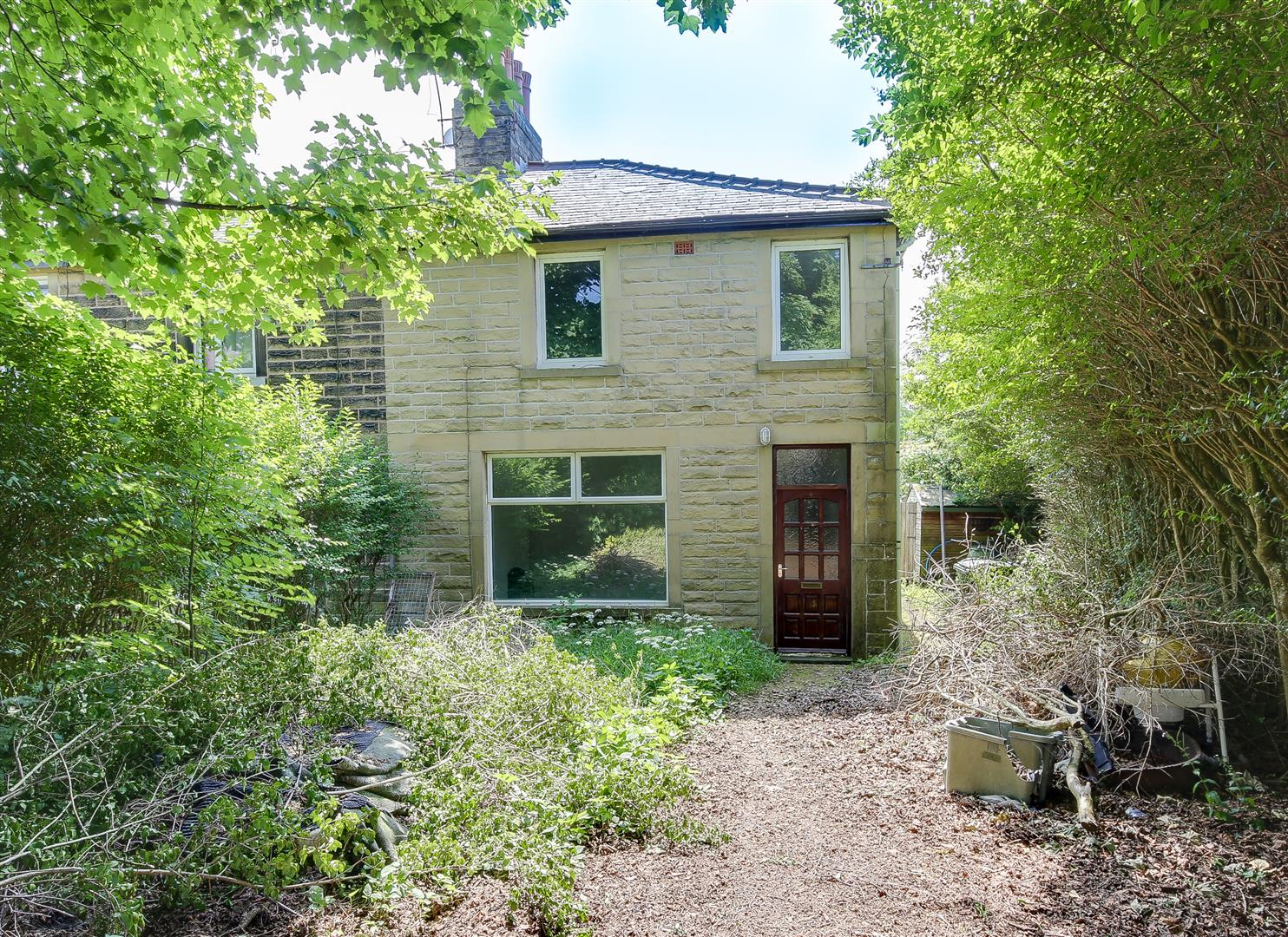 3 Bedrooms House for sale in Barritt Road, Rawtenstall, Rossendale